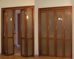 Экономим пространство при помощи складных и раздвижных дверей