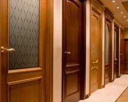 Установка деревянных дверей своими руками