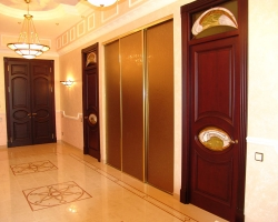 Какой материал выбрать для межкомнатных дверей?