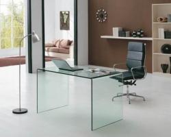Достоинства мебели из стекла
