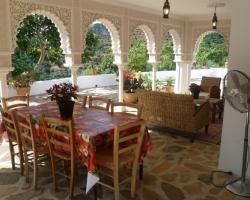 Как оформить террасу: арабский стиль