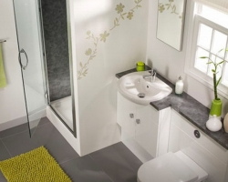 Грамотный интерьер в малогабаритных ванных комнатах