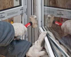 Как выполняется монтаж пластиковых окон?