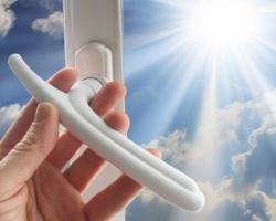 Правильный уход за окнами — залог их долговечности