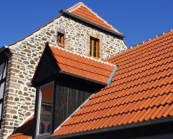Технология монтажа черепицы на крышу