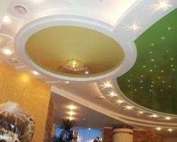 Натяжные потолки как центральный элемент дизайна