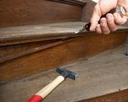 Как отремонтировать лестницу?