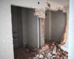 Демонтаж стен при перепланировке. Продолжение