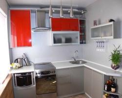 Интерьер маленькой кухни. Увеличиваем пространство