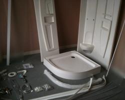 Подсоединение к системе канализации душевой кабины