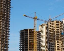 Возведение многоквартирных домов на участках, отведенных под индивидуальное жилищное строительство: анализ судебной практики