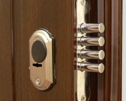 Как выбрать дверной замок?