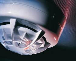 Как обустроить противопожарную систему в доме?