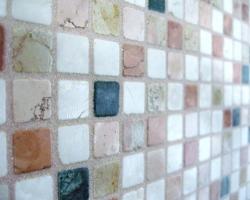 Как правильно обновить межплиточный шов в мозаике?