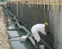 Недостатки битумной мастики для гидроизоляции фундамента, и есть ли альтернатива?