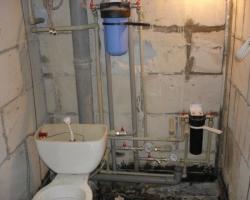 Как правильно произвести монтаж труб водоснабжения своими руками?