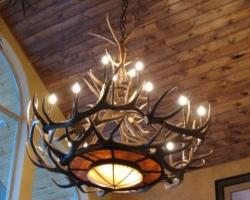 Деревянные потолочные светильники. Продолжение