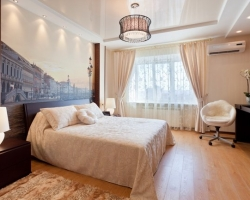Натяжные потолки в интерьере спальни