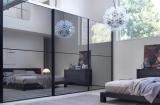 Двигаем стены – изменяем пространство: используем зеркальные поверхности