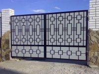 Современные металлические ворота - надежны и практичны