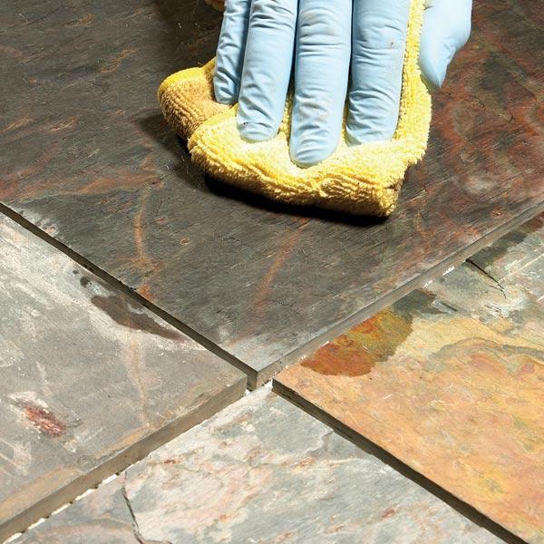 Уход за напольным покрытием из натурального камня