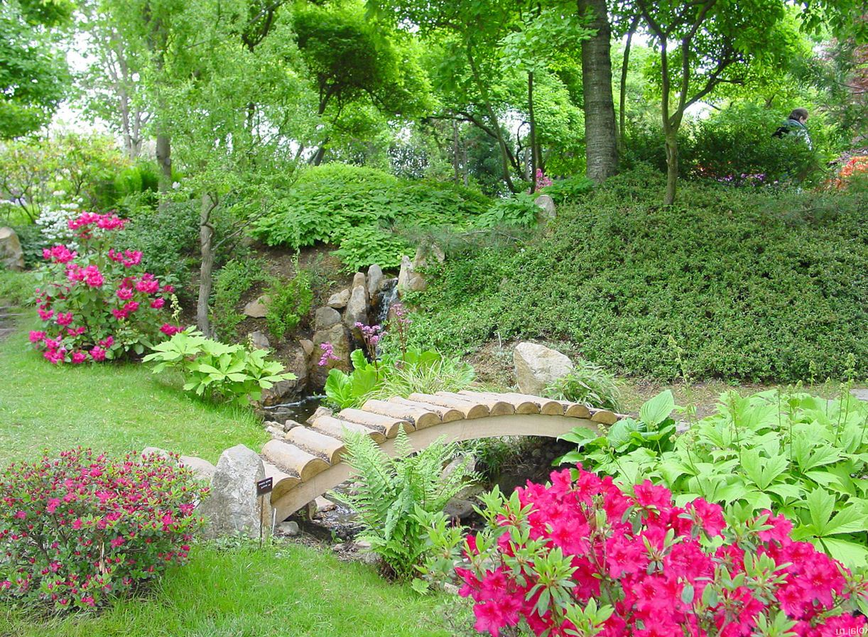 Обустраиваем сад своими руками фото