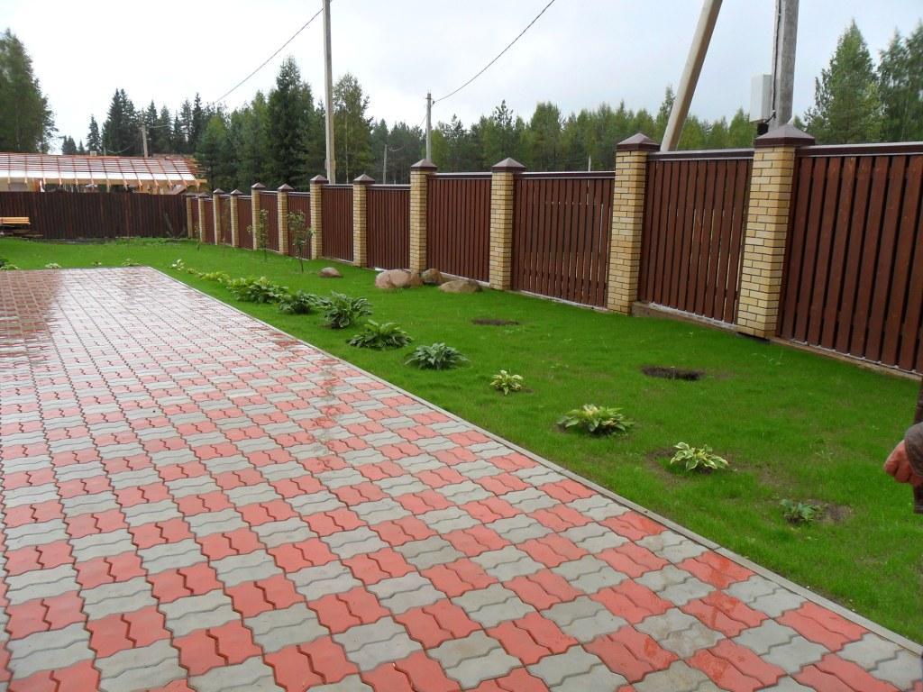 Поэтапная технология укладки тротуарной плитки на дачном участке