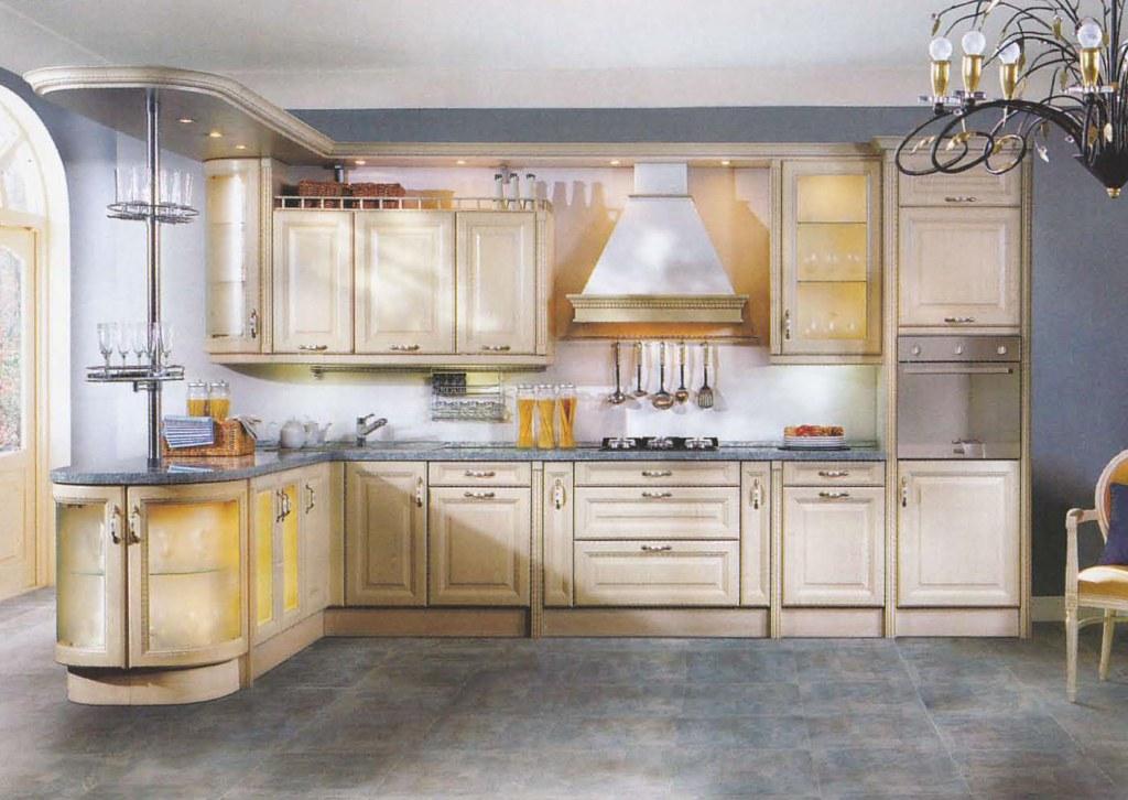 Кухня с иголочки: цвета без границ