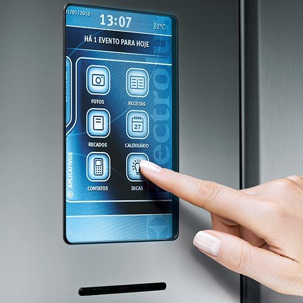 Холодильники как элемент кухонного декора