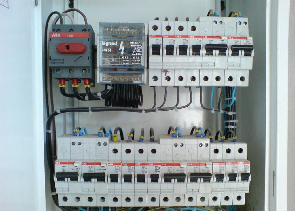 Проводка: материалы и технологии