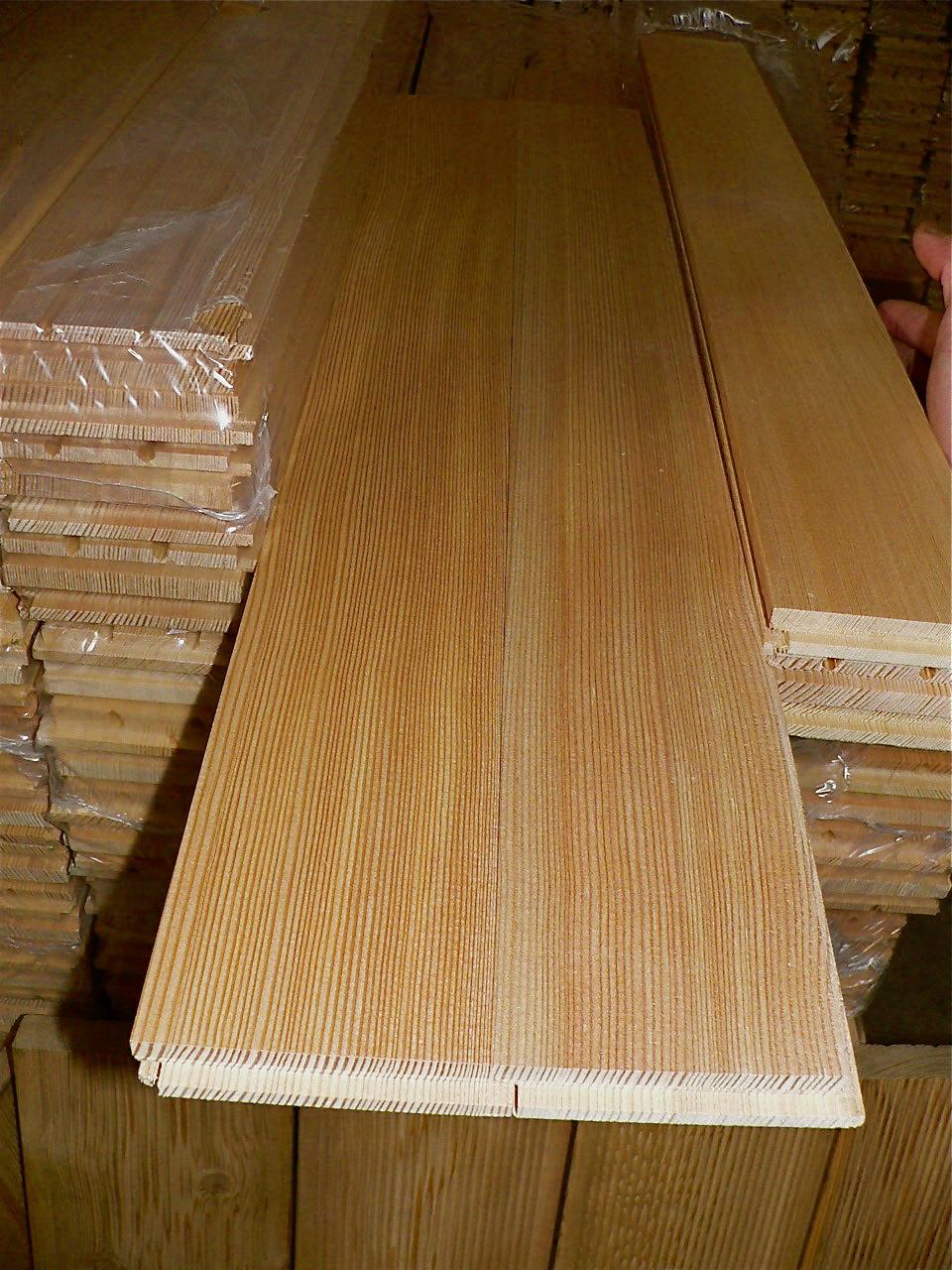 Самые популярные виды пиломатериалов: строительная доска, паркетная доска, необрезная доска, деревянный брус