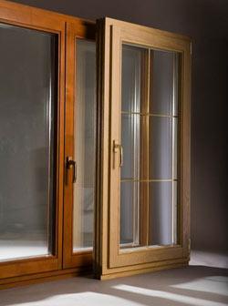 Всё о современных деревянных окнах: породы, виды, качество, цены
