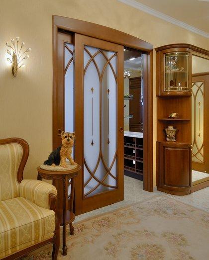 Разнообразие форм и материалов межкомнатных дверей