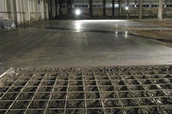 Ремонт напольного покрытия: заплаты из бетона