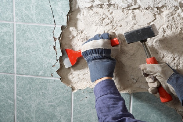 Облицовка и ремонт стен в коридоре
