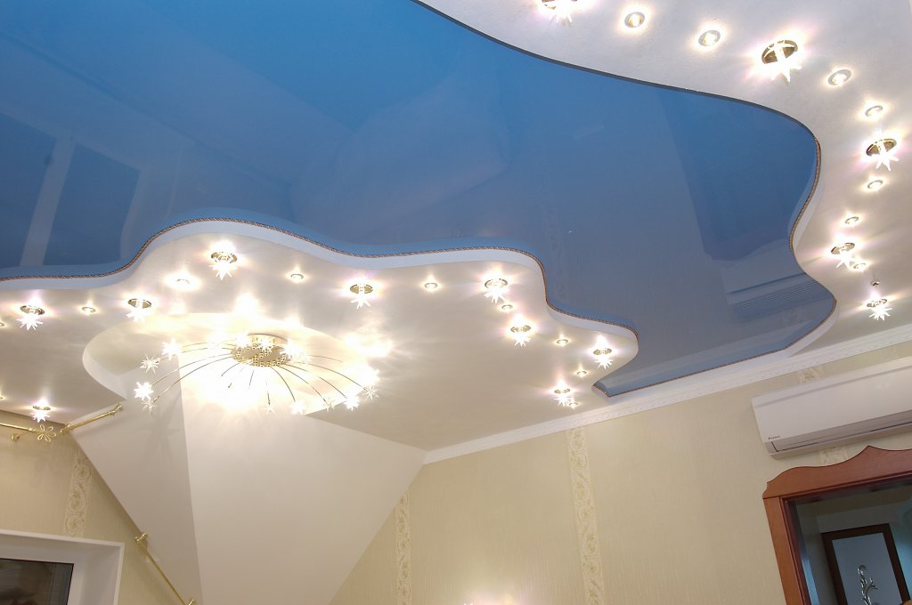 Виды ПВХ материала для создания натяжных потолков