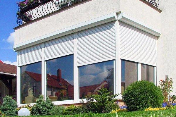 Рольставни для защиты окон в помещениях