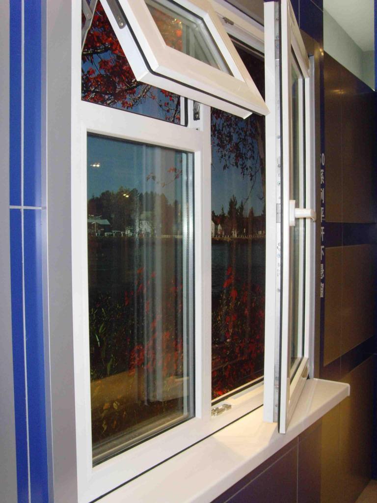 Улучшенные варианты пластиковых окон вытеснят деревянные рамы