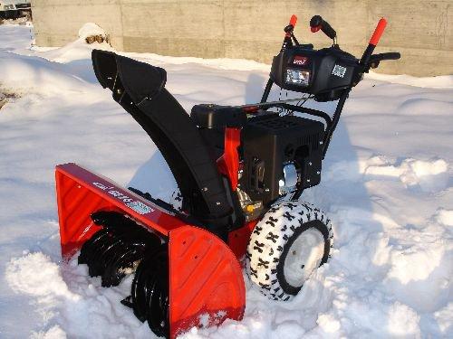 Расчистка снега со снегоуборщиками MTD