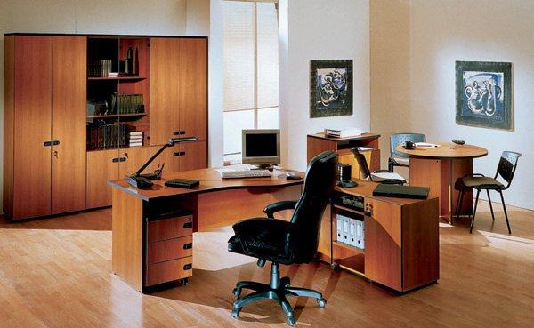 Мебель для офиса должна быть стандартной?