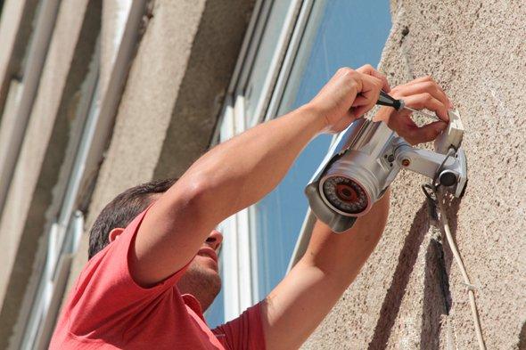 Камера наружного наблюдения – один из эффективнейших способов охраны?