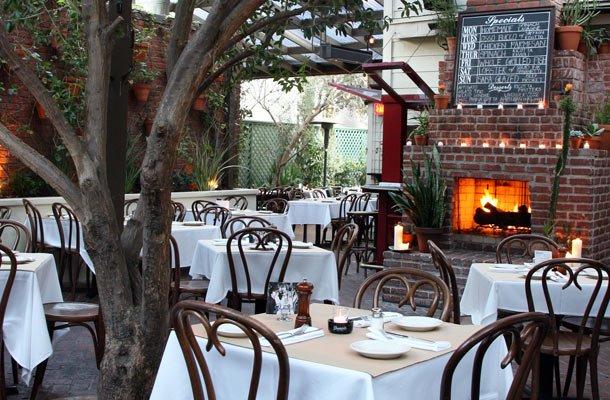 Трапеза в итальянском стиле: интерьер ресторанов Италии