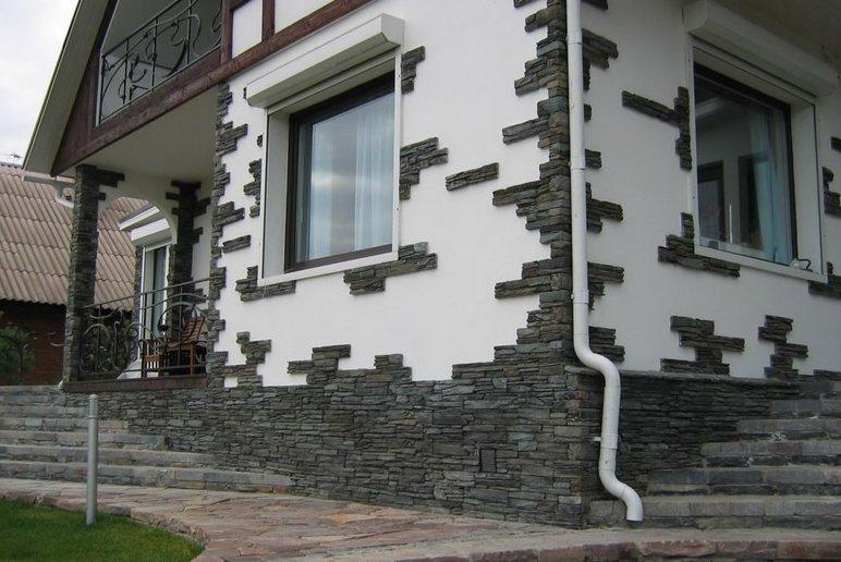Белокаменный фасад