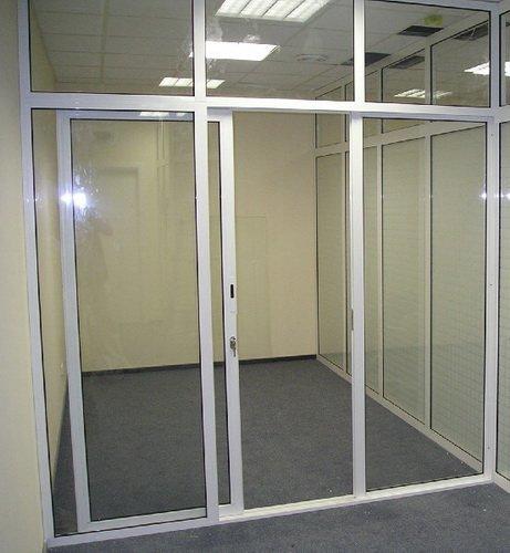 Офисные перегородки – оптимальный выбор для зонирования пространства