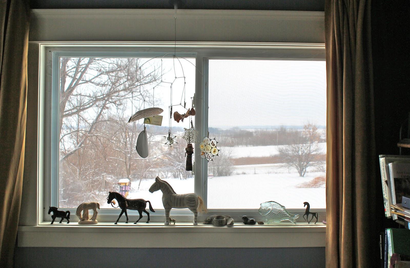 окна пластиковые в интерьере фото