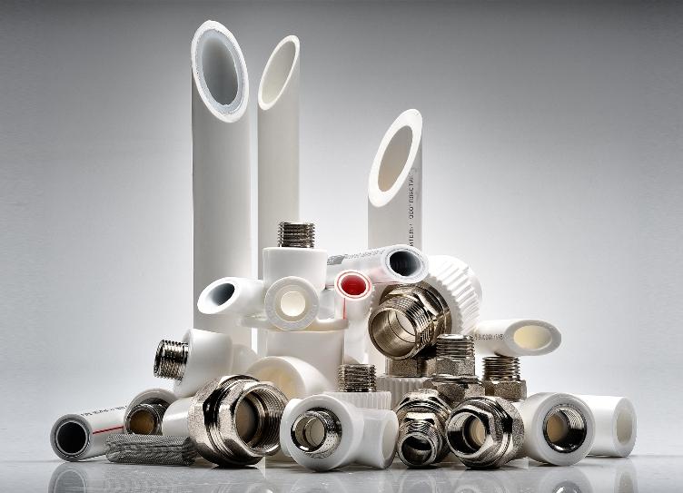Какие трубы лучше, полипропиленовые или металлопластиковые?