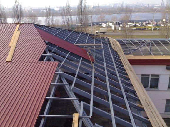 Как крыть крышу профнастилом? Продолжение