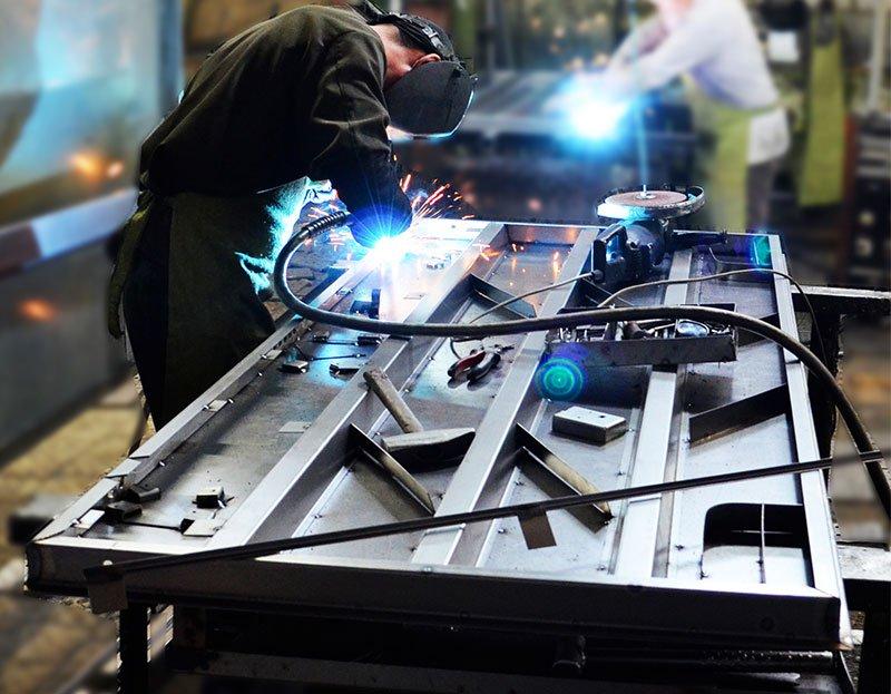 Процесс производства стальных дверей