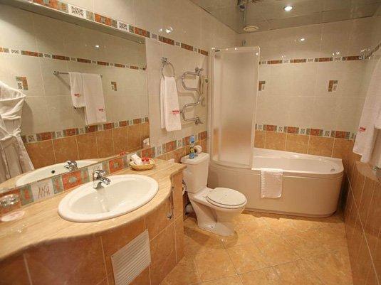 Отличительные характеристики ремонта ванной комнаты в европейском стиле