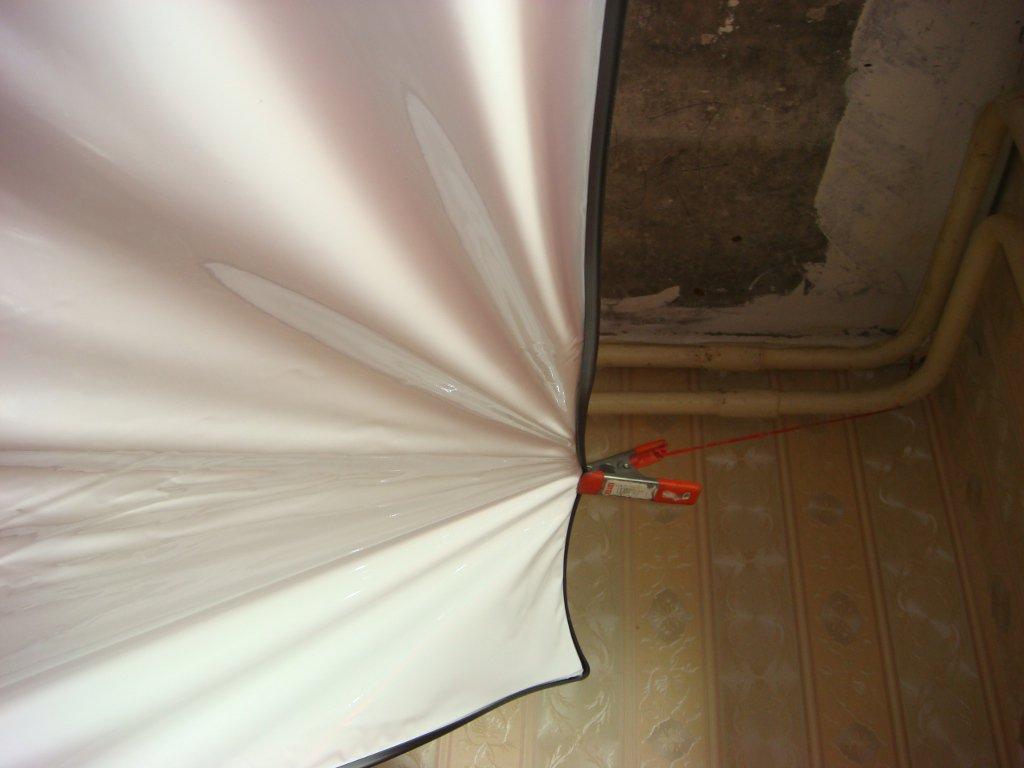 Правила и советы при монтаже натяжных потолков